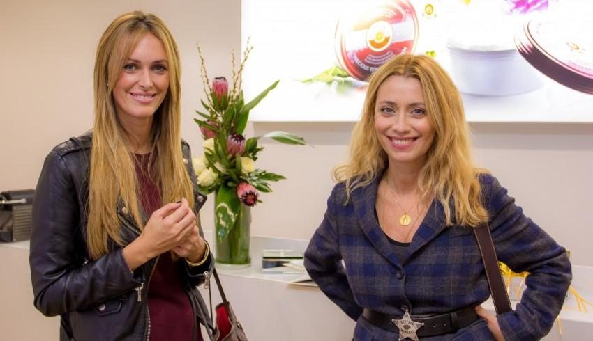 D+®bora e Ana Mesuita