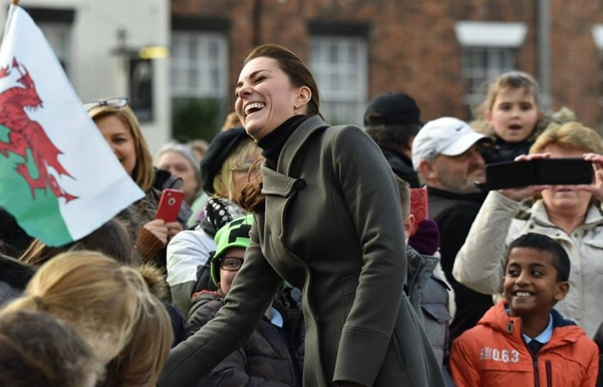 Kate William7