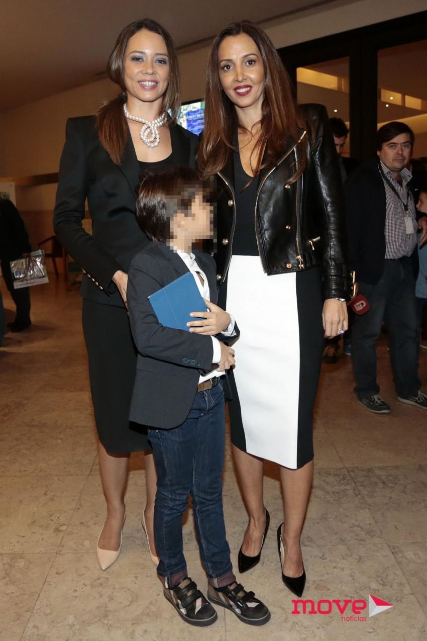 Fernanda Pinto da Costa com o filho, João, e Alexandra Afonso