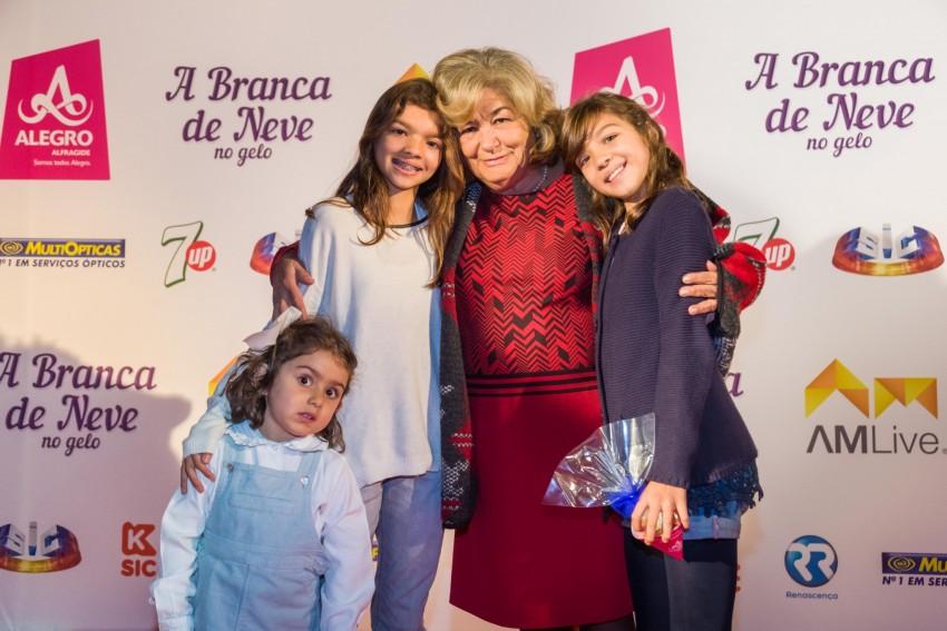 Márcia Breia com as netas
