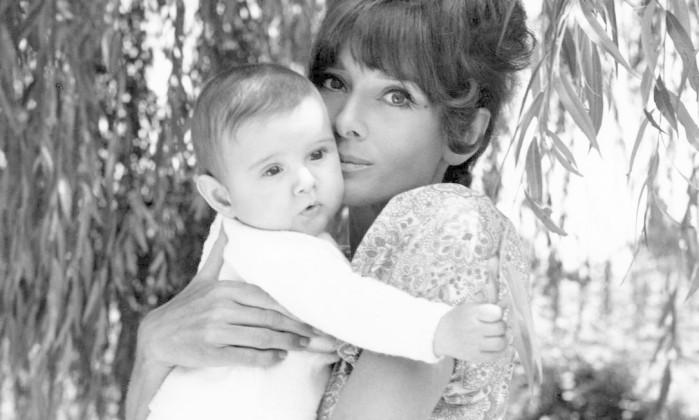 Audrey com o filho, Luca