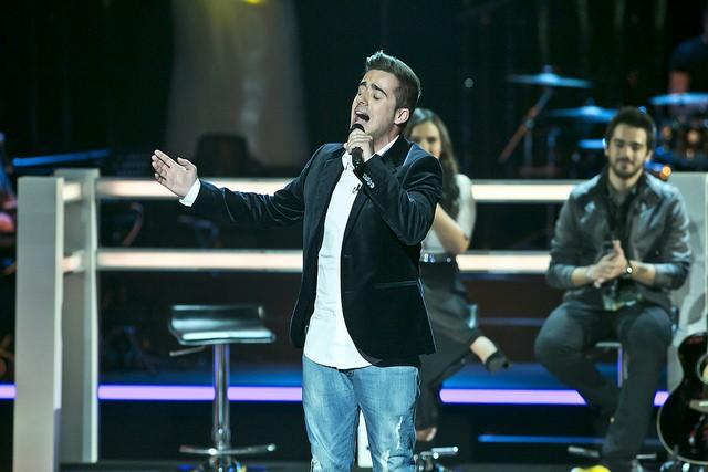 """Guilherme Azevedo cantou """"Caruso"""" e foi escolhido por Mickael para continuar no programa."""