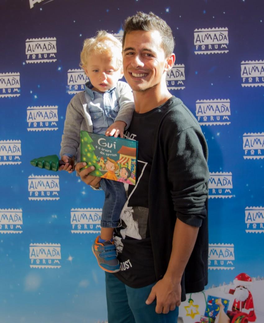 André Henriques e filho