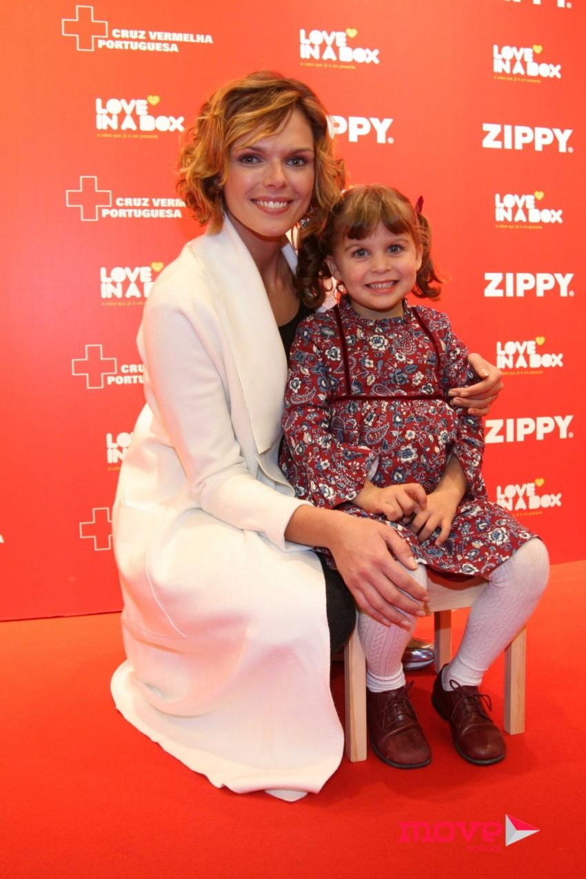 Joana Câncio e a filha Constança
