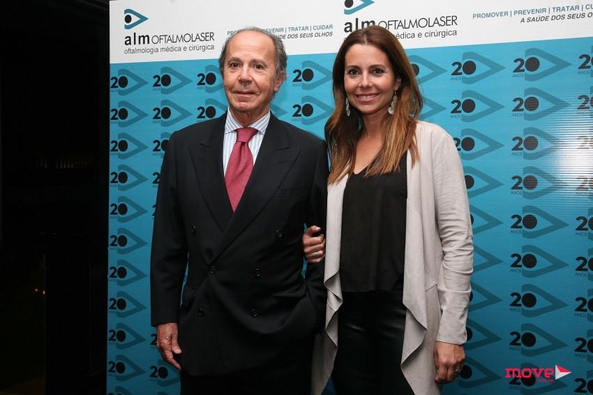 Sofia Grillo com o pai, Manuel Grillo, que é o proprietário da clínica