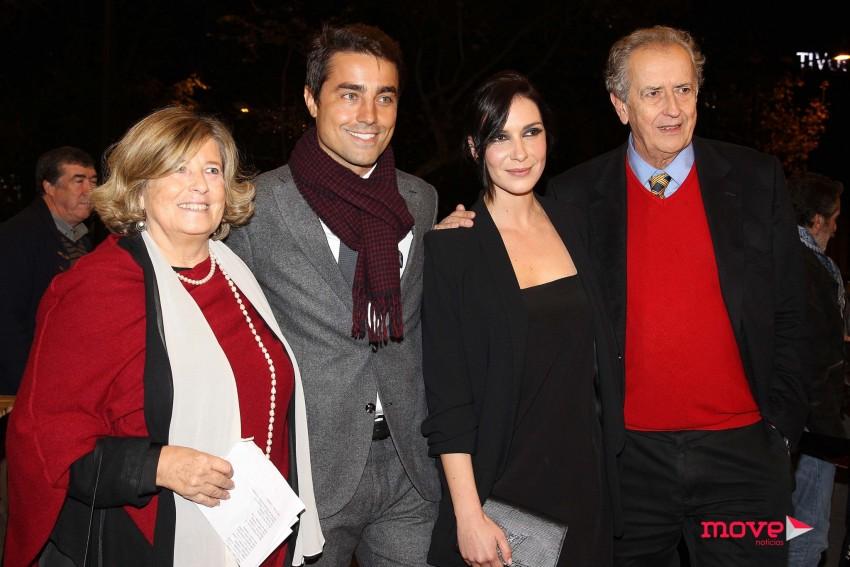 António Pedro Vasconcelos com a mulher,  Teresa Schmidt, Soraia Chaves e Ricardo Pereira