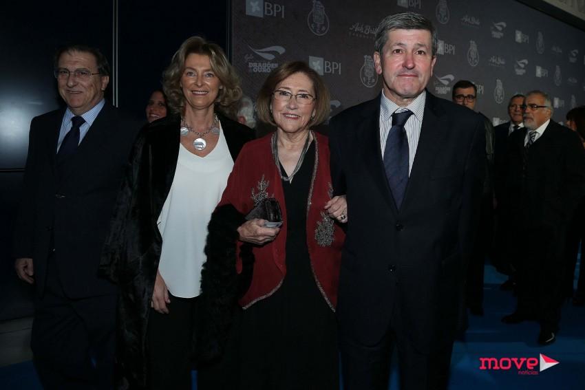 Cecília Pedroto com os filhos, Rui e Isabel