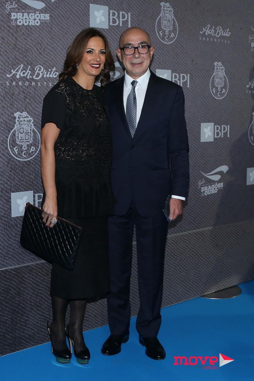 O presidente da câmara de Santo Tirso, Joaquim Couto, com a mulher, Manuela