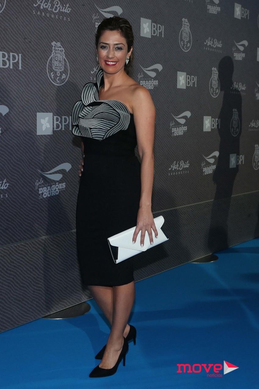 A apresentadora da TV Record, Paula Santos
