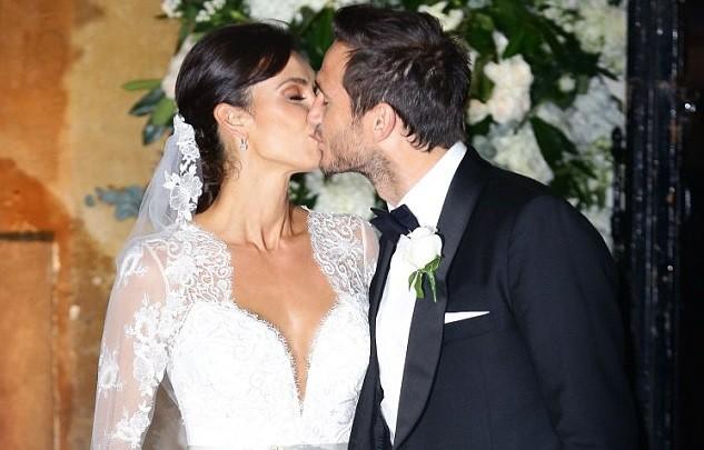 O jogador de futebol Frank Lampard casou-se com Christine Bleakley, em Londres, em dezembro.
