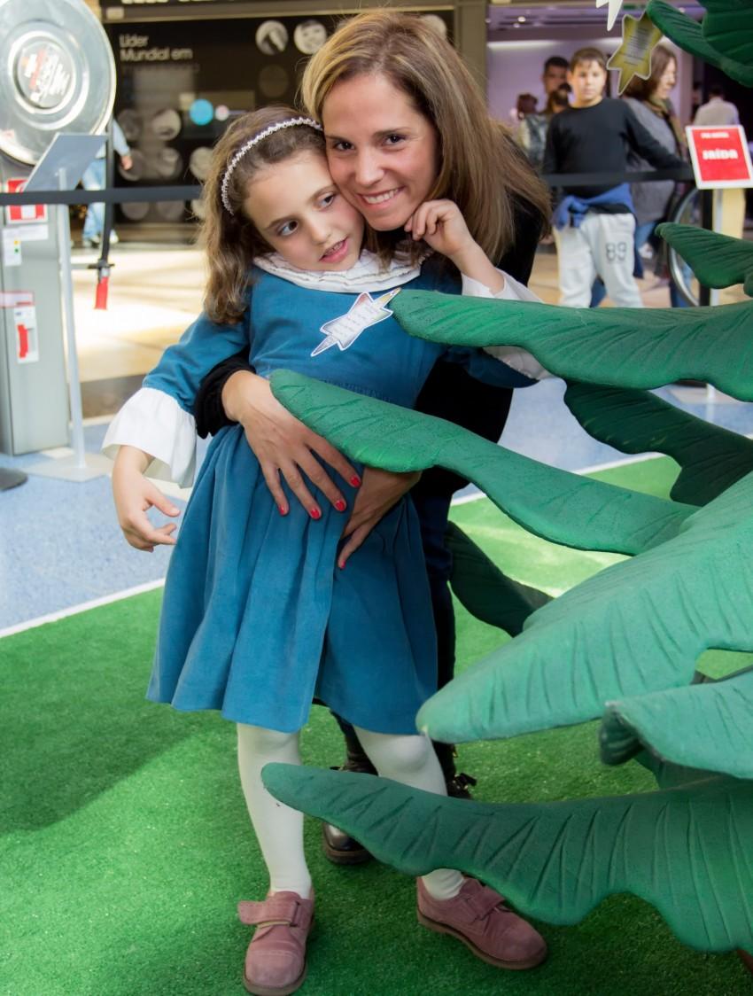 Márcia Leal e a filha, Camila, deixam mensagem de Natal à Make a Wish