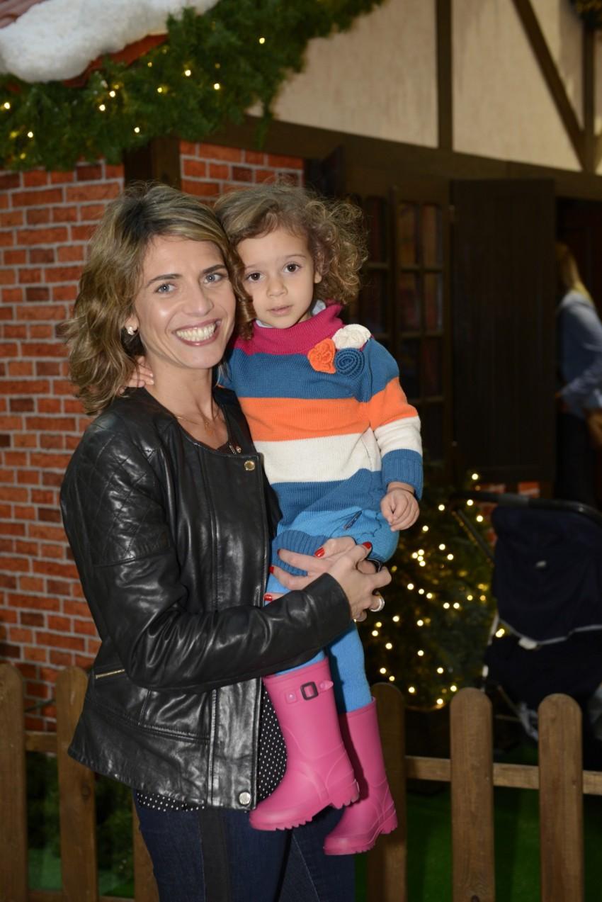 Sandra Felgueiras com a filha, Sara