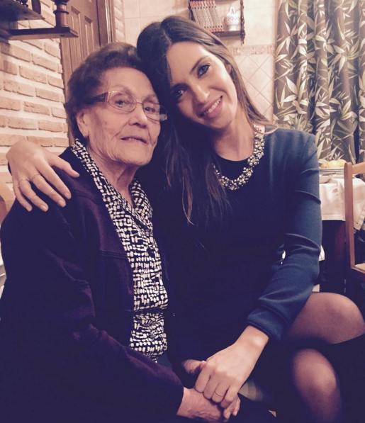 Sara Carbonero partilhou uma foto com a avó na noite de Natal