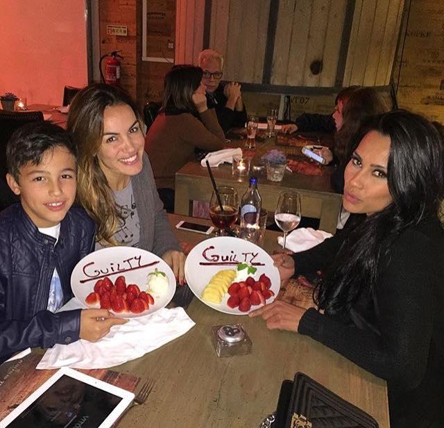 Kelly Medeiros com Liliana Aguiar e o filho desta, Júnior