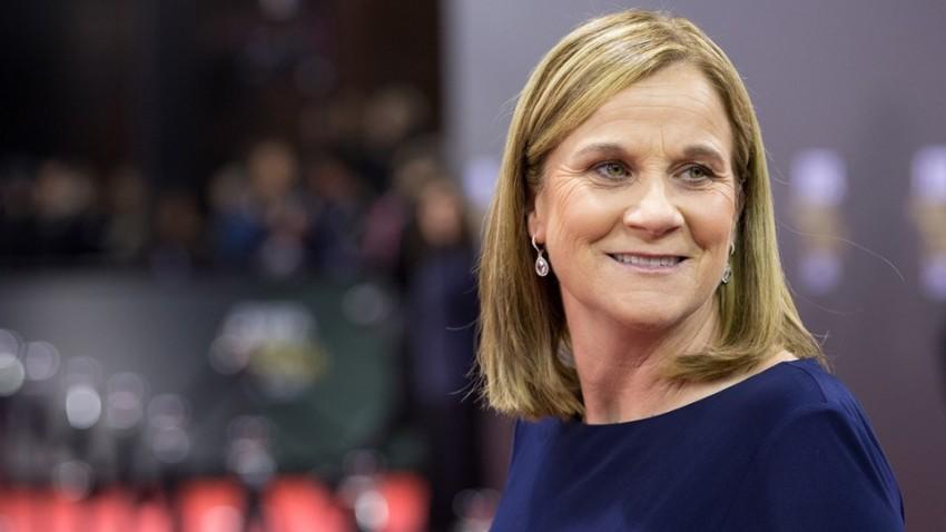 Jill Ellis, que venceu o prémio de melhor treinadora de futebol feminino