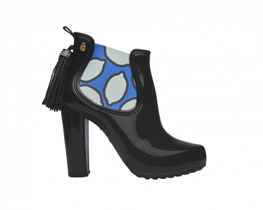 Carrie Black  129,90€