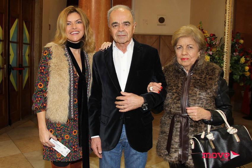 Isabel Angelino com os pais