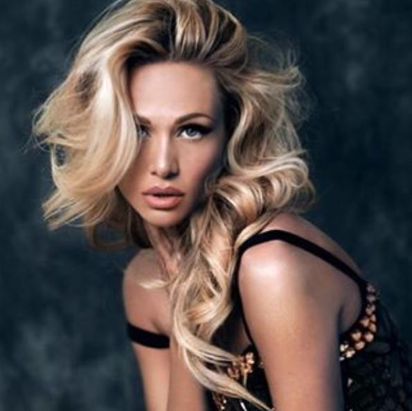 Victoria Lopyreva3