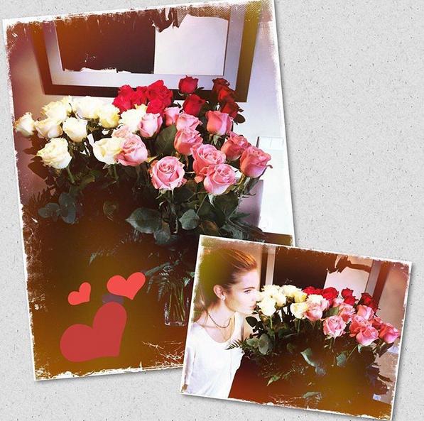 Luís Figo surpreendeu a mulher, Helen, com rosas.