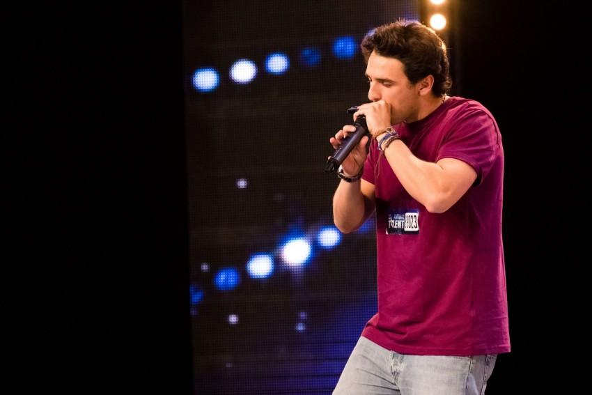 Miguel Santos quis participar em Got Talent Portugal por achar que há poucas pessoas a fazerem o mesmo que ele. Tudo começou aos 14 anos quando viu um video no youtube de beatbox e apaixonou-se. Espera que esta participação consiga abrir algumas portas e ganhar o Got Talent Portugal.