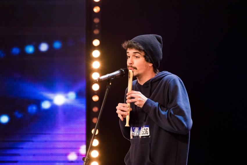 João Barreira (Barofa) teve o seu primeiro contacto com a flauta no 5º ano e mais tarde começou a fazer beatbox. Está confiante que os jurados vão achá-lo original e acha que se vai sair bem. Considera-se um artista.