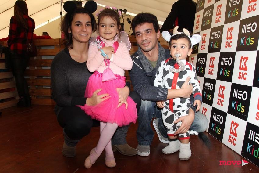 Rita Ruaz e Sérgio Fontes com Francisca e Gonçalo