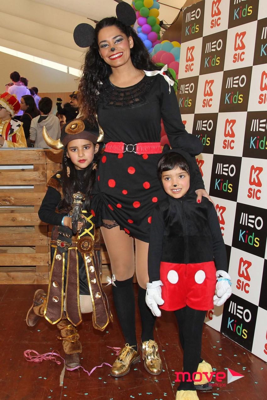 Mónica Sofia com os filhos, Mia e Kenzo
