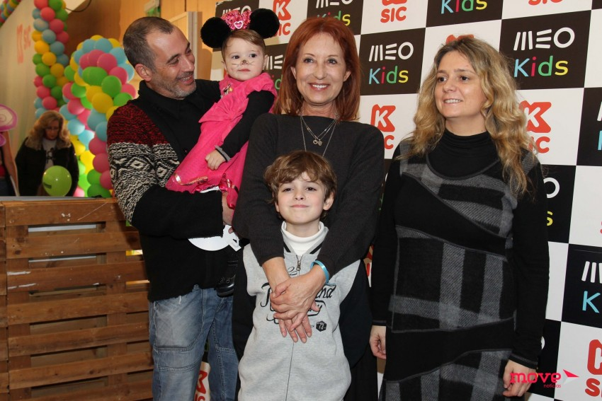 Isabel Medina com a família