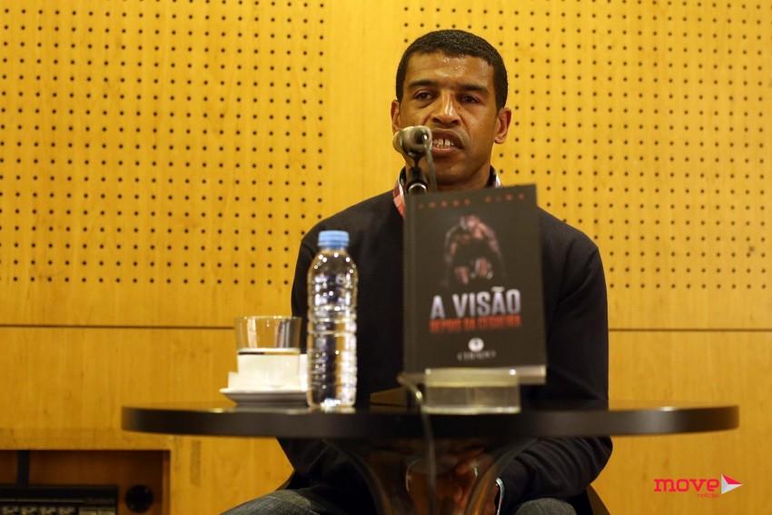 Jorge Pina na apresentação do livro que decorreu no NorteShopping