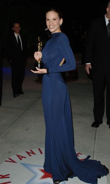 Os 30 looks memoráveis dos Óscares MoveNotícias