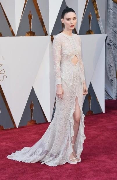 Rooney Mara (Givenchy)