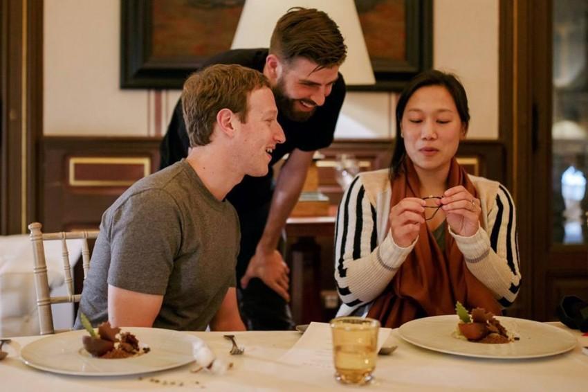 Pique Mark Zuckerberg