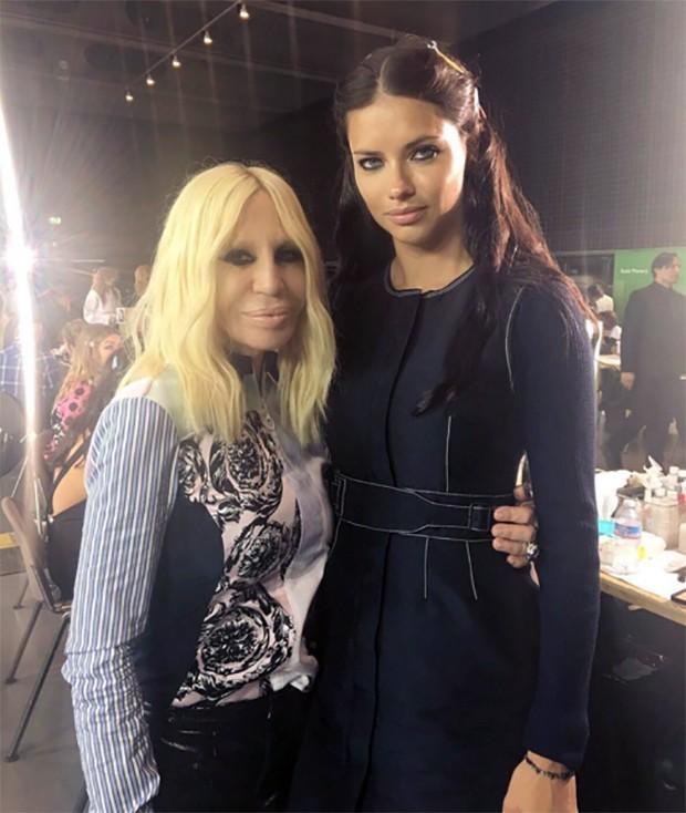 Donatella com Adriana Lima