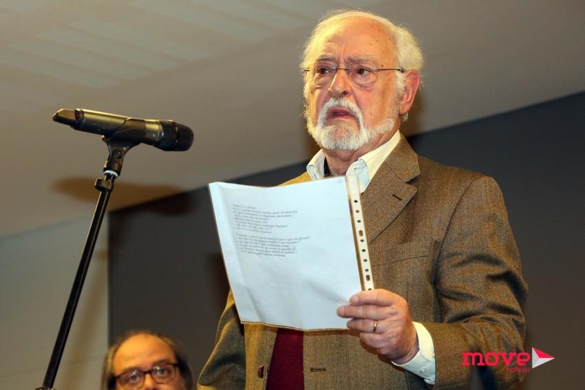 """Ruy de Carvalho leu o poema traduzido da canção preferida de Cruz, """"My Way""""."""