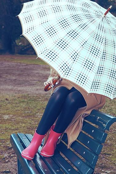 Roupa Casual Women; Galochas - Crocs Women's Jaunt Shorty Boot