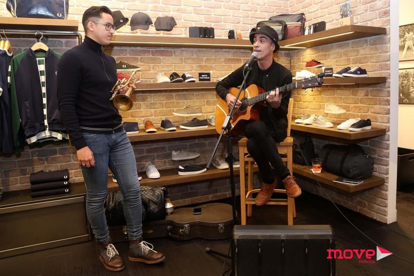 Gileno Santana e Paulo Praça animaram o momento com música