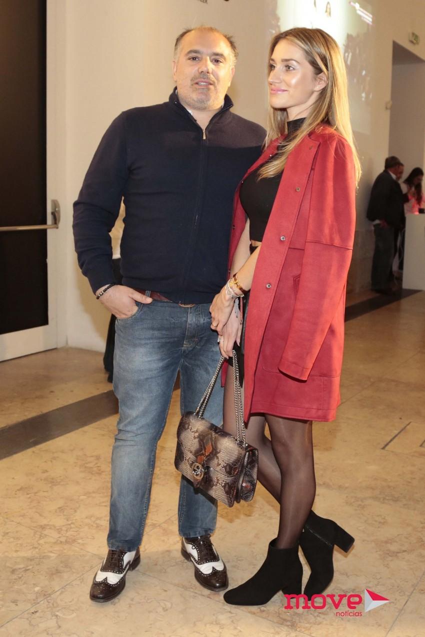 Olivier e a namorada, Andra