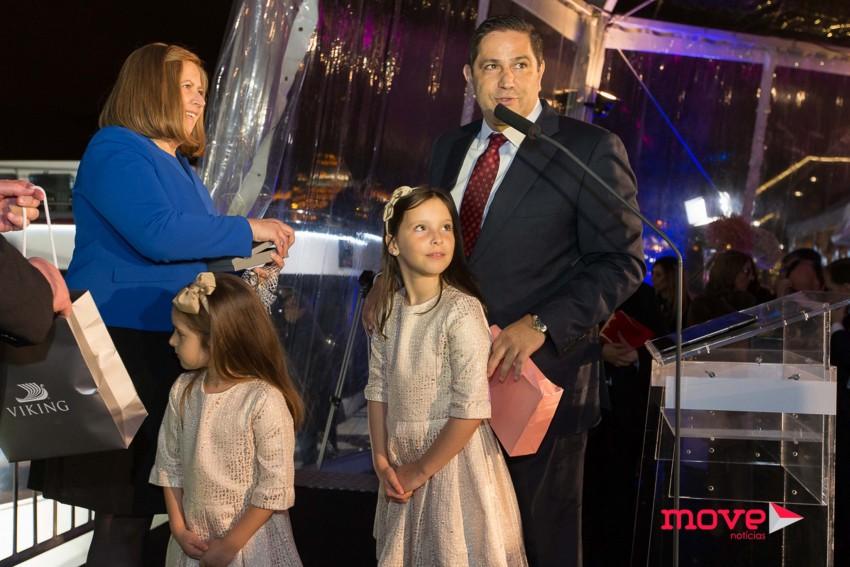 Mário Ferreira com as filhas