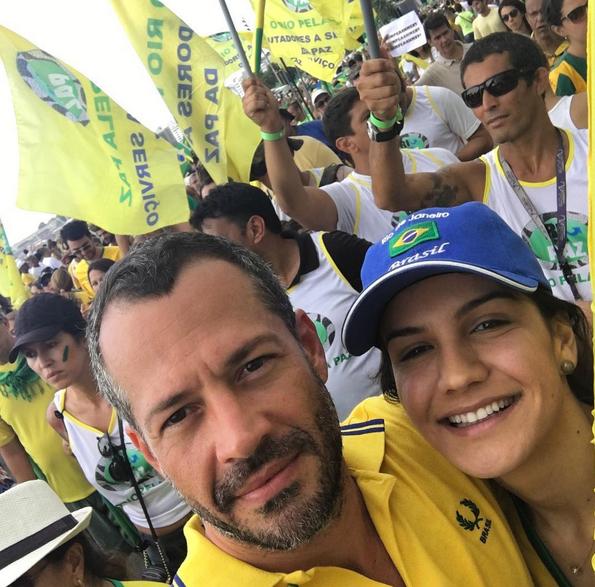 famosos protesto Brasil4