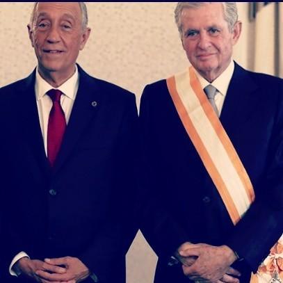 A imagem partilhada pela atriz para manifestar o orgulho que sente pela condecoração do pai, João Lobo Antunes