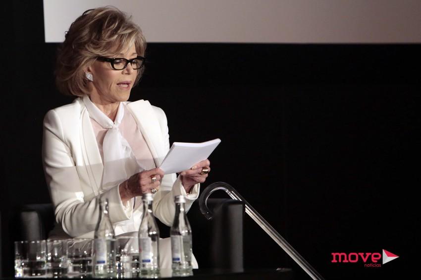 Jane Fonda durante a conferência