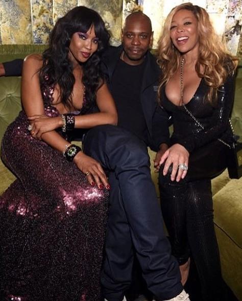 A modelo com Dave Chapelle e Wendy Williams