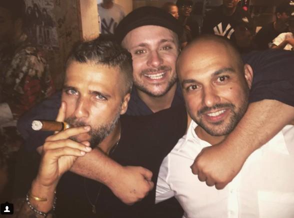 Bruno Gagliasso entre amigos
