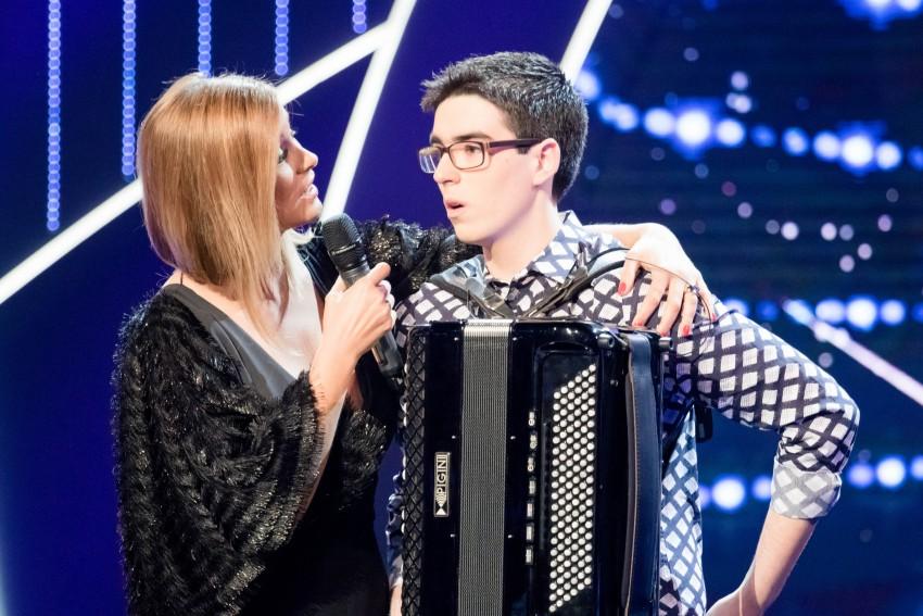 O acordeonista António Ledo com Vanessa Oliveira