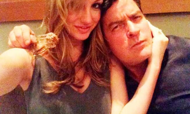 O ator com a ex-companheira, Brett Rossi