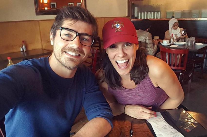 O ator com Daniela Ruah