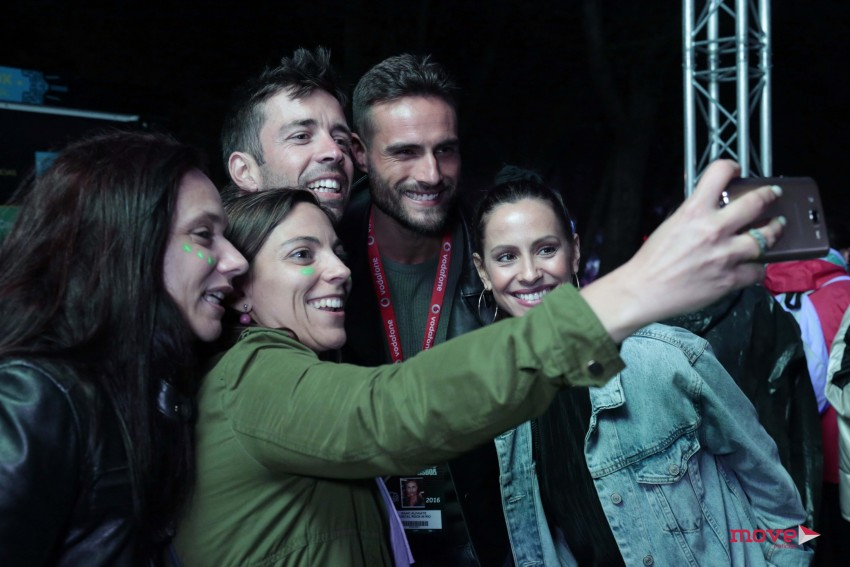 Mariana Monteiro, Isaac Alfaiate e Vintém com fãs
