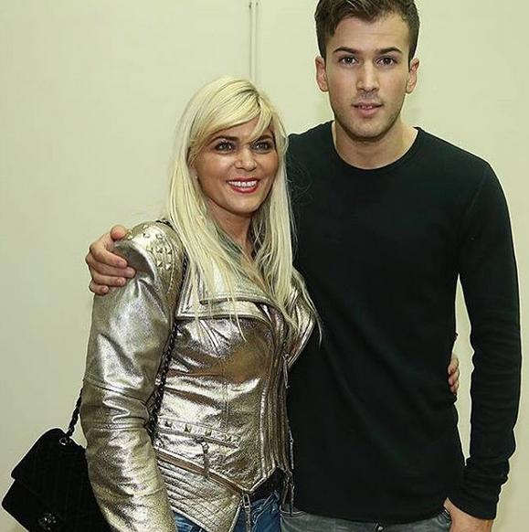 Davida Carreira com a mãe, Fernanda