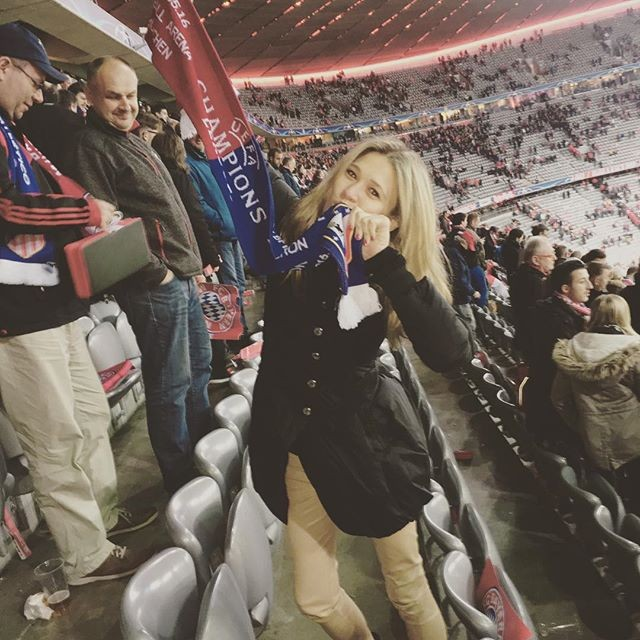 Carla Pereyra festeja o apuramento para a final do Atlético Madrid