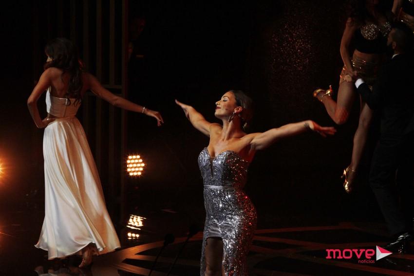 Luciana Abreu num momento musical